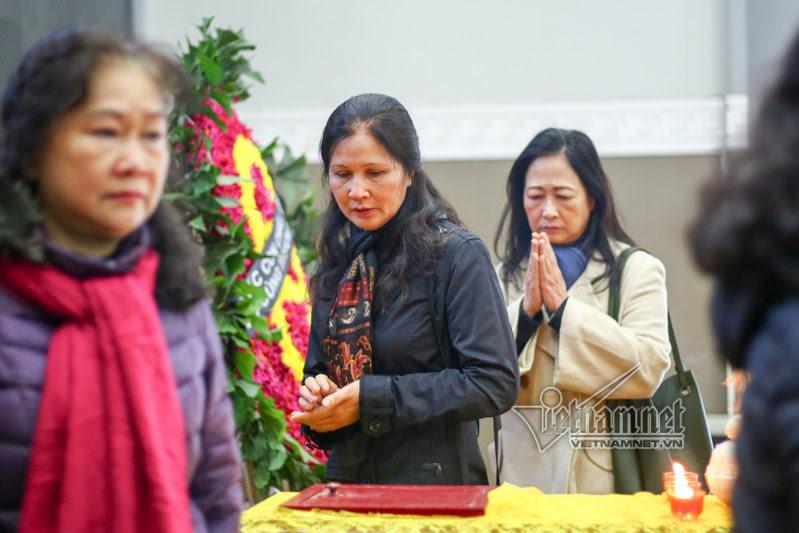 Nghệ sĩ Việt tiễn biệt diễn viên Tuệ Minh ngày đầu năm