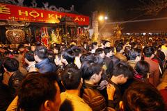 Lễ hội Đền Trần Nam Định: Còn ai xin ấn?