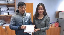 Bé Vũ Thanh Hà nhận 46 triệu đồng bạn đọc ủng hộ