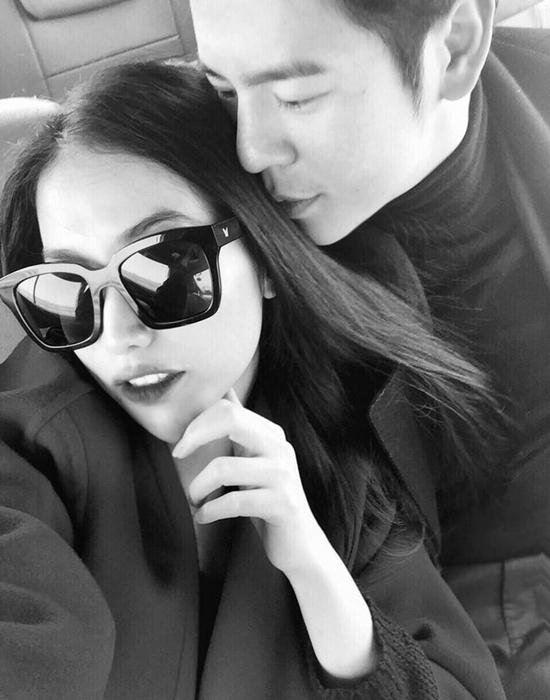 Bạn gái cũ Trấn Thành đính hôn với người yêu điển trai