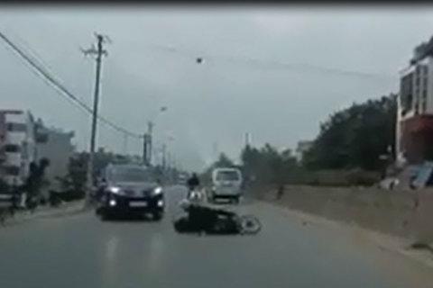 Bất cẩn lái xe, tai nạn chỉ trong tích tắc