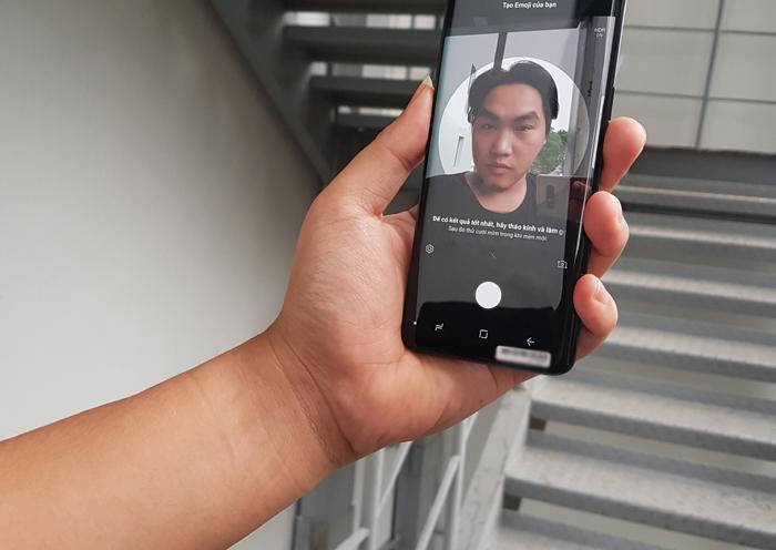 Trên tay Galaxy S9 tại VN, chiếc smartphone giá bằng nửa cây vàng