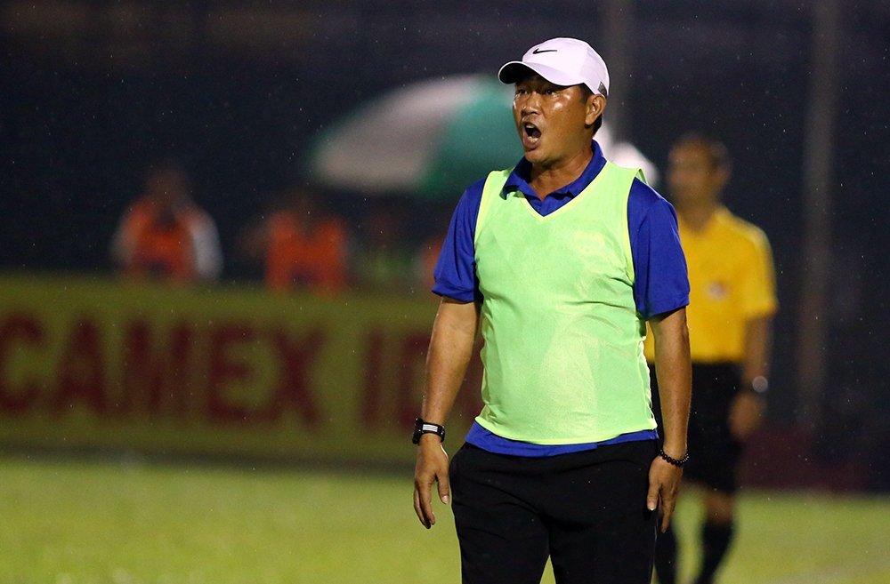 Hàng loạt đội  V-League thay tướng: Phiêu lưu như U23 ViệtNam