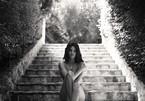 Kendall Jenner tung bộ ảnh khỏa thân nghệ thuật trên Instagram