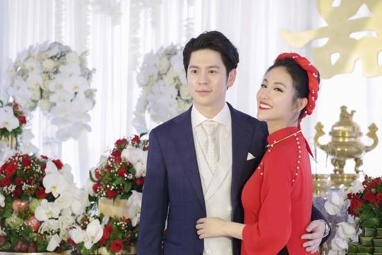 Hình ảnh hiếm hoi từ lễ đính hôn của tình cũ Trấn Thành