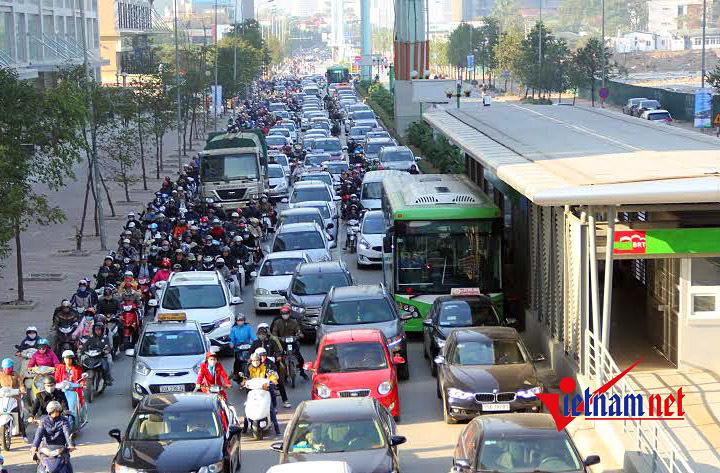 Cho xe đi vào làn BRT: Giám đốc Sở GTVT Hà Nội lý giải
