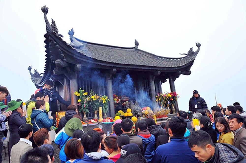 Bộ Văn hóa yêu cầu công khai hành vi tiêu cực tại lễ hội