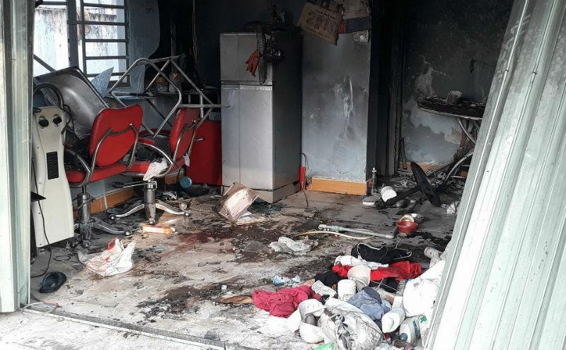 Tiếng kêu cứu thất thanh trong tiệm tóc phát hỏa, 2 người chết