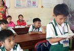 Bộ GD-ĐT khen học sinh lớp 3 trả lại 44 triệu đồng bị đánh rơi