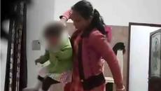 Người giúp việc đánh đập em bé 18 tháng tuổi