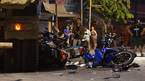 Xe ben tông hàng loạt xe máy ở Sài Gòn, nhiều người bị thương