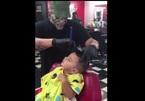 Phản ứng 'khó đỡ' của bé khi cắt tóc hút triệu lượt xem