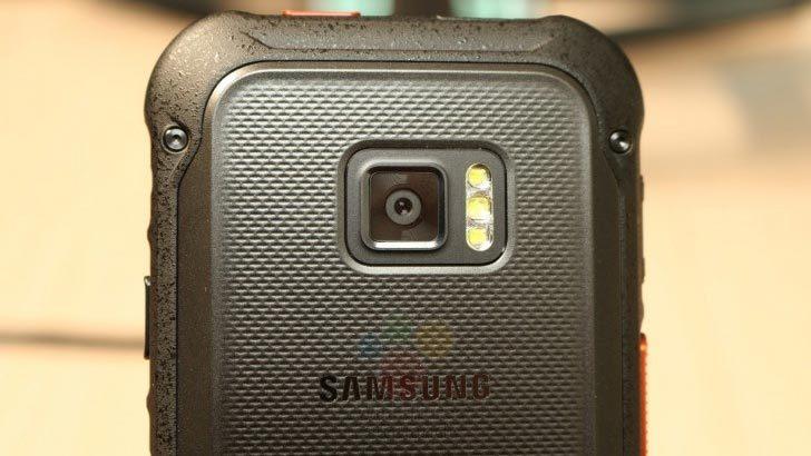 Lộ hình ảnh smartphone siêu bền mới của Samsung