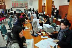 Nhân viên 'hốt' 245 tỷ của khách: Ngân hàng giật mình, cho kiểm soát từ xa