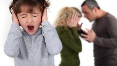 Đánh đập con cái là hành vi bạo lực gia đình