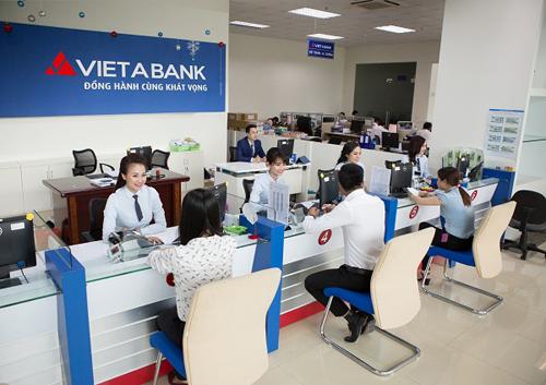 Gửi tiết kiệm ngân hàng: Đến thời khách tự kiểm soát