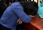 Nữ giám đốc òa khóc khi nhà máy thép ô nhiễm bị di dời