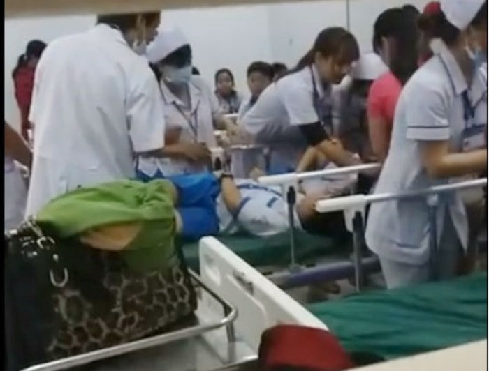 Hơn 70 học sinh nhập viện nghi do ngộ độc thực phẩm