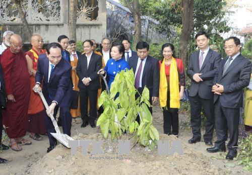 Chủ tịch nước Trần Đại Quang bắt đầu chuyến thăm Ấn Độ