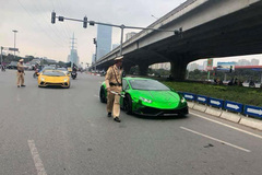 Vào đất Hà Nội, đoàn siêu xe Cường Đôla dẫn đầu bị CSGT 'sờ gáy'