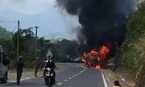 Xe Phương Trang cháy rụi, hơn 20 hành khách thoát nạn