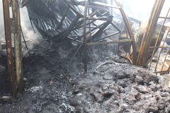 Hà Nội: Cháy lớn thiêu rụi hàng loạt ngôi nhà