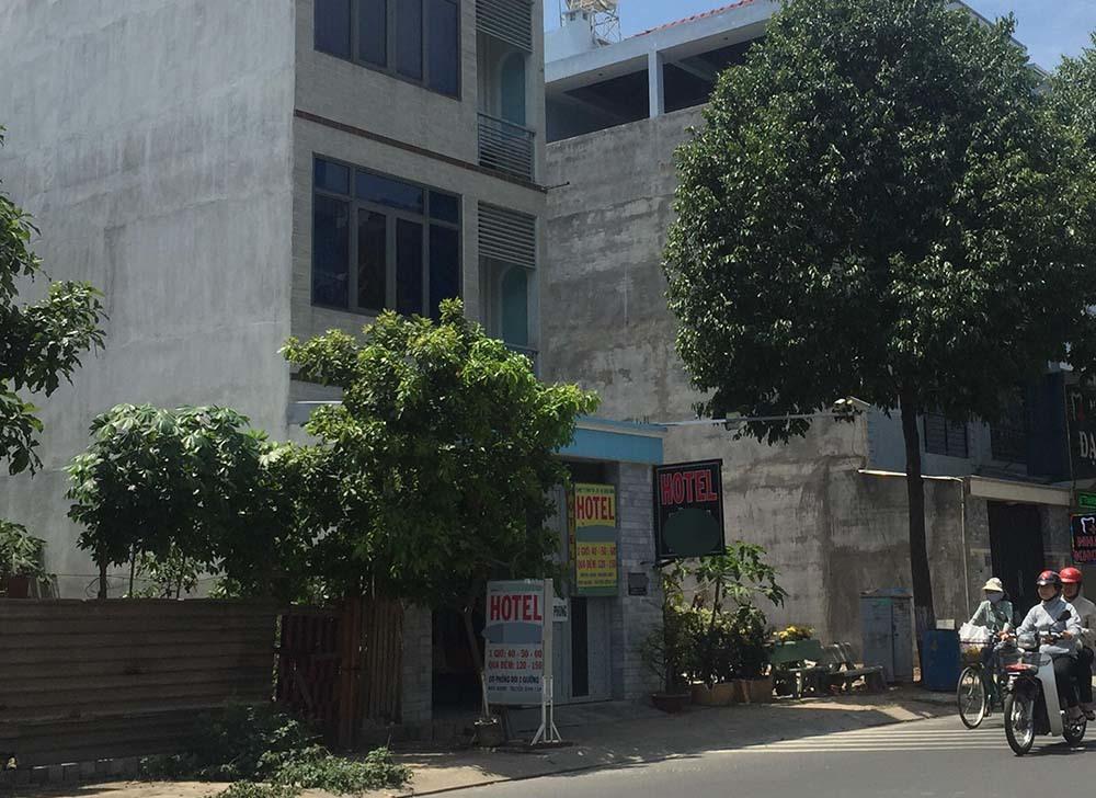 Nghi vấn nữ sinh và bạn trai tự tử trong khách sạn ở Sài Gòn
