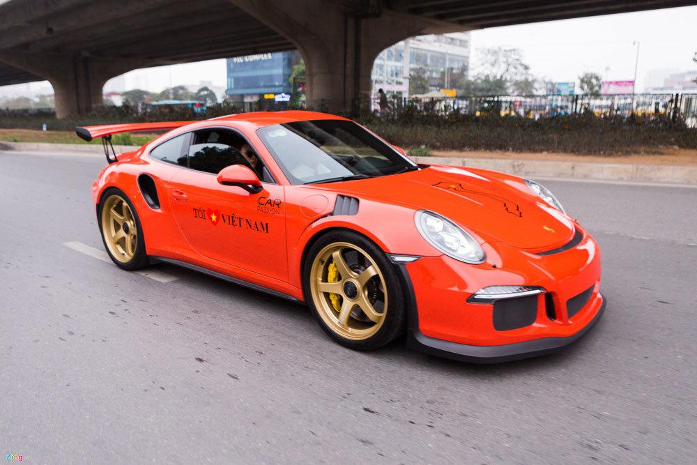 Cường Đô La chạy Porsche dẫn đoàn siêu xe lên Tây Bắc