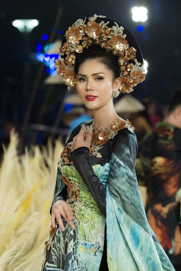 Người đẹp Việt rạng rỡ trong đêm 'Lễ hội áo dài' 2018