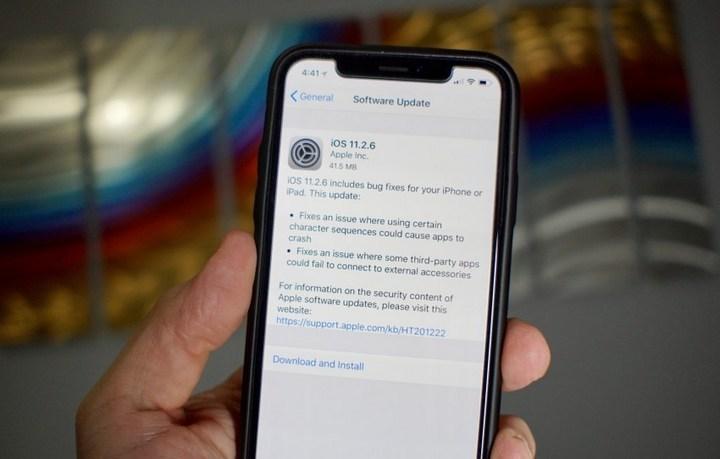 Apple không cho người dùng hạ cấp vềiOS 11.2.5