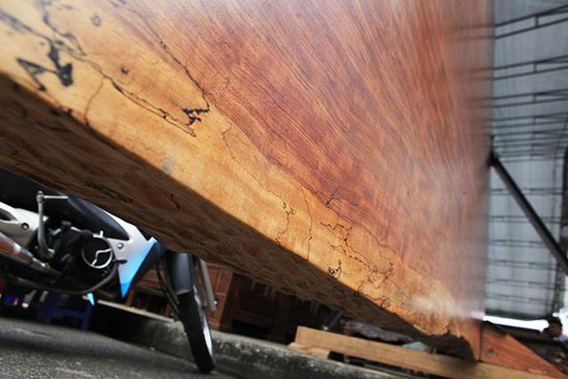 'Siêu' sập gỗ cẩm đẹp như bức bình phong xuất hiện ở Bắc Ninh