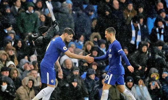 Conte cay đắng nhận sai, mù quáng tin Hazard