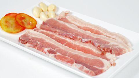 Thịt heo chiên xóc tỏi giòn ngon rụm rụm