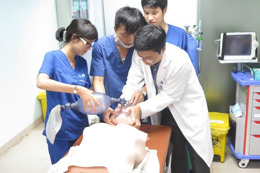 Ranh giới sinh tử trong mắt bác sĩ hồi sức cấp cứu