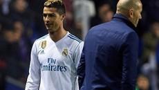 MU chưa kịp cười đã lo, Ronaldo quá quắt với Zidane