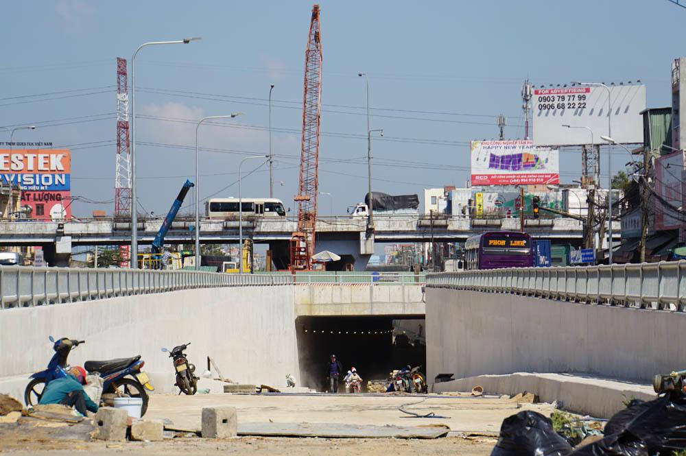 Xem nhánh hầm chui 500 tỷ xóa nút giao thông 'tử thần' ở Sài Gòn