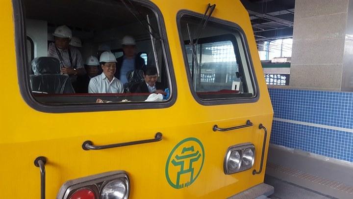 Thật tuyệt khi đi thử tàu đường sắt trên cao Cát Linh - Hà Đông