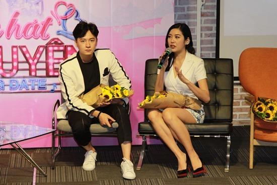 Cát Phượng - Kiều Minh Tuấn làm ông bà mối trong gameshow hẹn hò
