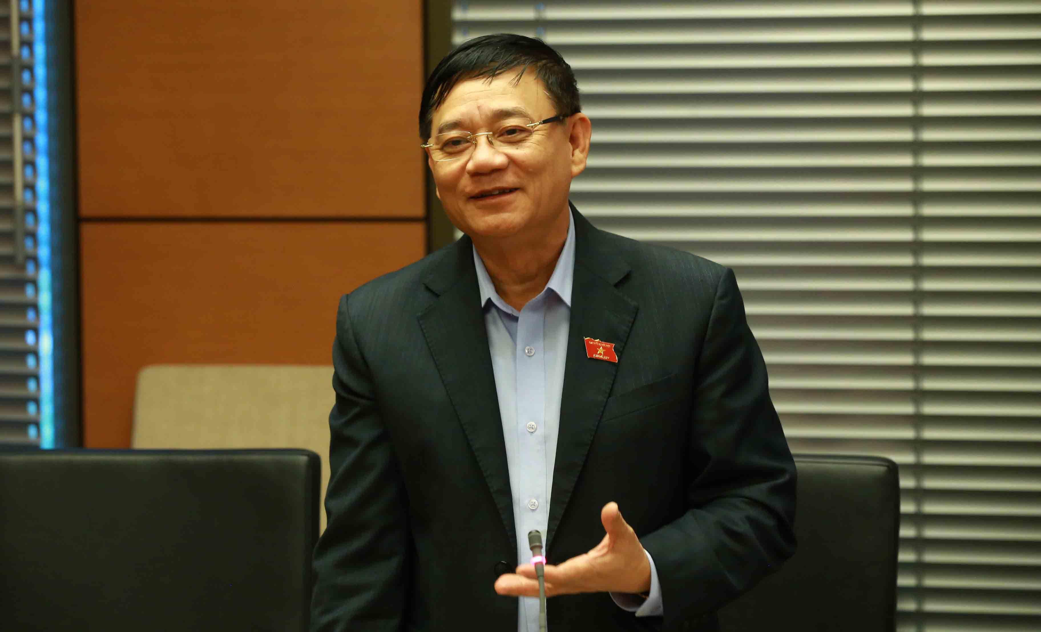 phiếu tín nhiệm,lấy phiếu tín nhiệm,Trần Văn Tuý,bỏ phiếu tín nhiệm