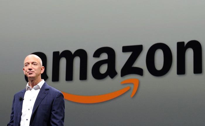 Amazon, Alibaba đổ bộ vào Việt Nam: Cơn bão online lên đỉnh điểm