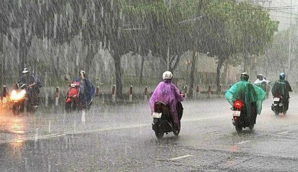 Dự báo thời tiết 8/3: Hà Nội mưa rét, nguy cơ tố lốc
