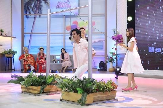 Tan chảy trước màn tỏ tình siêu lãng mạn của soái ca trên truyền hình