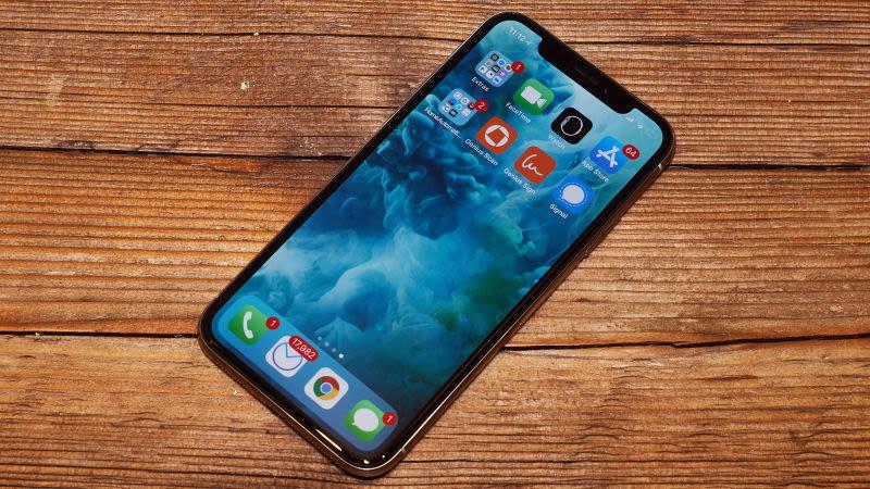 iPhone X Plus sẽ bỏ màn hình 'tai thỏ'?