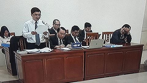Vỡ đường ống nước Sông Đà: Xử lý còn ngại vùng cấm?
