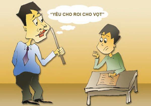 Cô giáo quỳ xin lỗi phụ huynh: Phạt hay là buông tay?