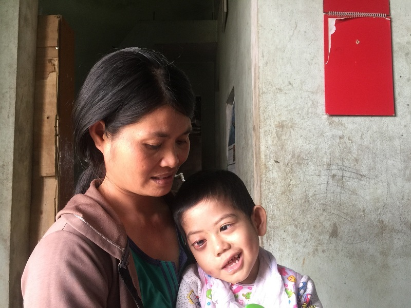 hoàn cảnh khó khăn,ung thư,u nguyên bào thần kinh,ung thư ở trẻ em,từ thiện vietnamnet