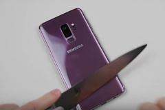 Galaxy S9 Plus bền cỡ nào khi bị 'tra tấn' bằng dao và búa