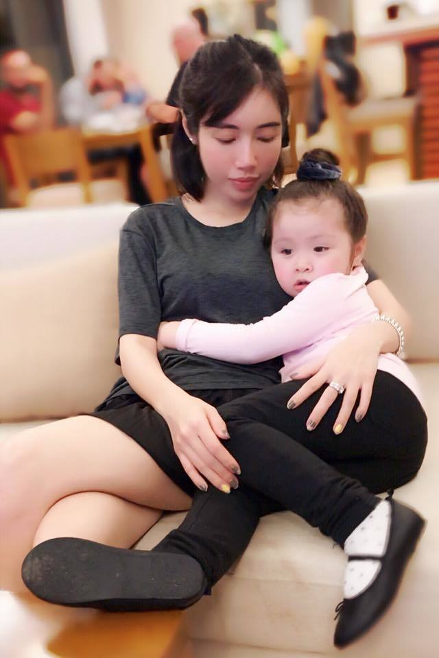 Chăm sóc ocn,Elly Trần