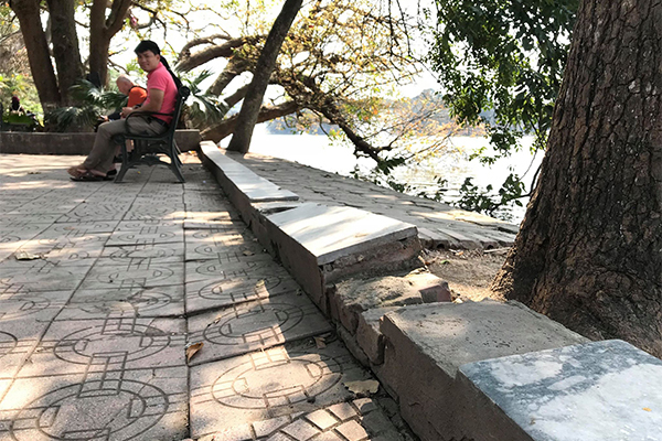 vỉa hè,Hà Nội,lát đá vỉa hè,hồ Gươm