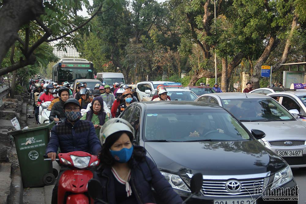 tai nạn,tai nạn giao thông,tai nạn chết người,tai nạn xe buýt,Hà Nội